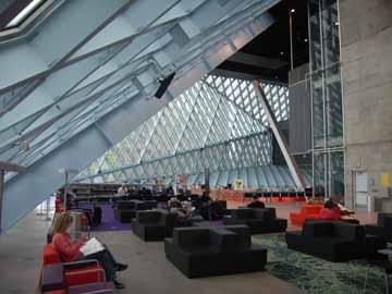 シアトル図 書館RIMG0024.jpg