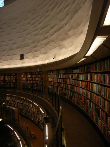 市立図書館R0011527.jpg