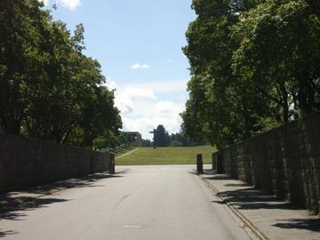 森の墓地R0011607.jpg