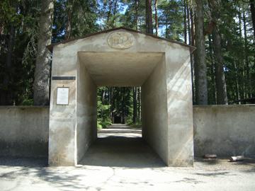 森の墓地R0011628.jpg